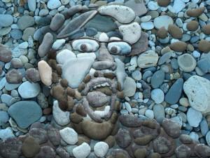 мозаичное изображение из гальки, фото