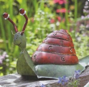 акценты - фигурки в саду, фото